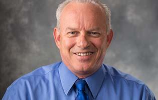 Dr. Eliot Jennings